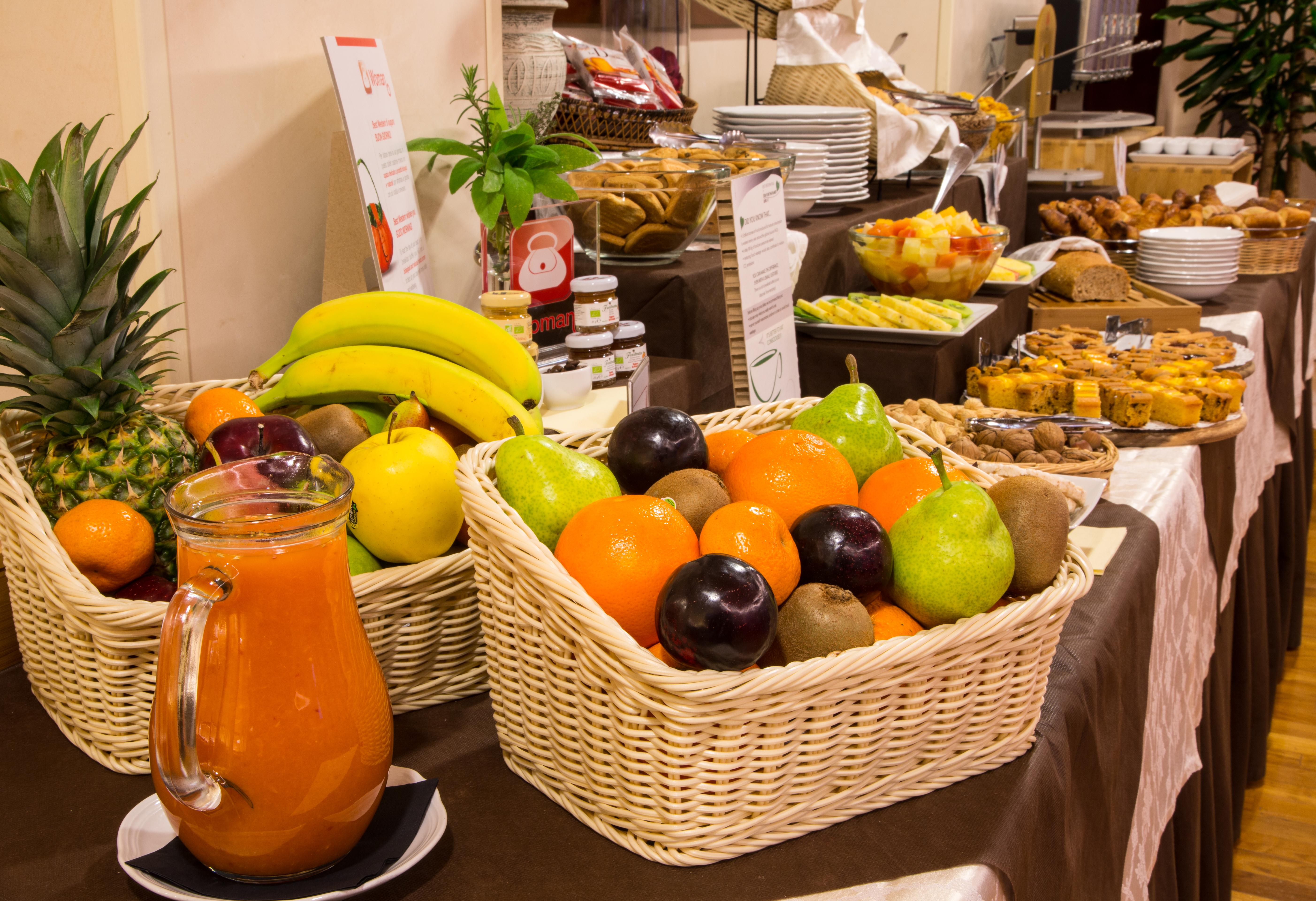 iH Hotels Admiral - Breakfast