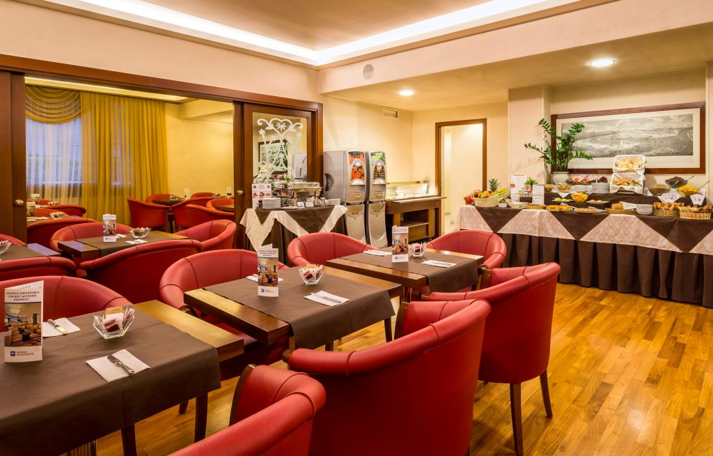 iH Hotels Admiral - Breakfast Room