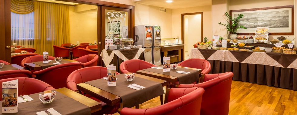 iH Hotels Admiral - Breakfast Room